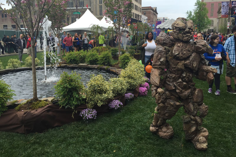The Living Garden shows are ideal for special events and long term installations at museums, festivals, and gardens. Entertainment for theme parks, performing arts centers, museums, festivals, and special events.